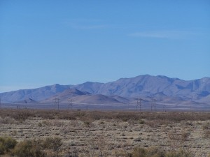 More of the same mountain range above!